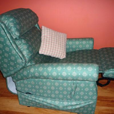 Riser chair Girnock 2
